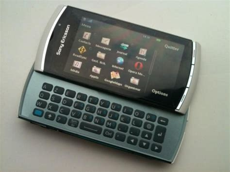 Hp Sony Vivaz Pro sony ericsson vivaz pro gets pictured in detail gsmdome