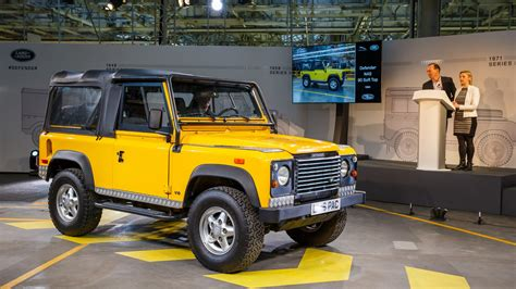 land rover defender 2020 defender inspired suv targets 2020 market launch by