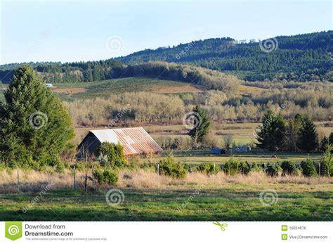 country rural barn farm royalty free stock image image 16024676