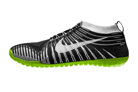 nike barefoot shoes a closer look at the nike free hyperfeel running shoes