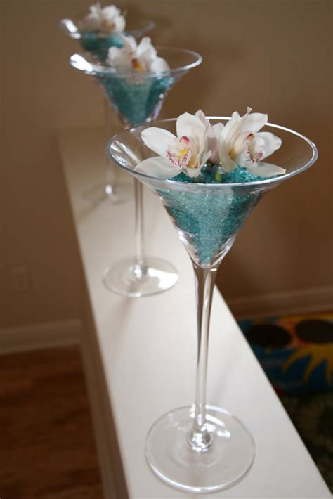 crushed glass 2 4mm 46oz turquoise 4lbs centerpieces