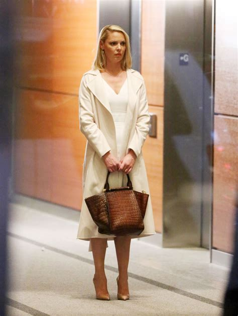 Catherine Set katherine heigl on the set of suits in toronto justfabzz