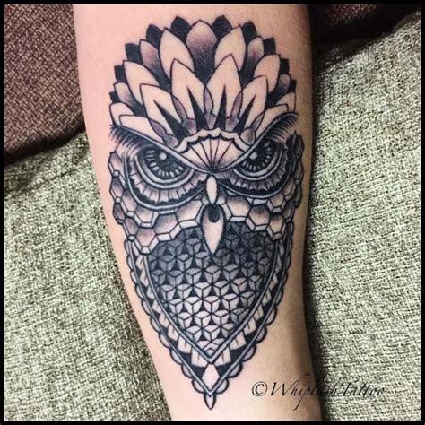 tattoo owl geometric geometric owl tattoo google search uil pinterest