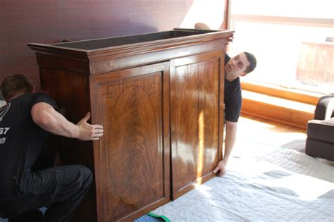 couch moving service nyc moving company photo gallery new york movers empire