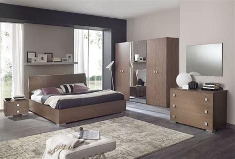 ways to arrange bedroom furniture 17 best ideas about arranging bedroom furniture on
