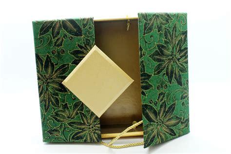 Parcelbox Natal L Kotak Besar kotak hadiah dan parcel untuk hari raya dan lealtadesign