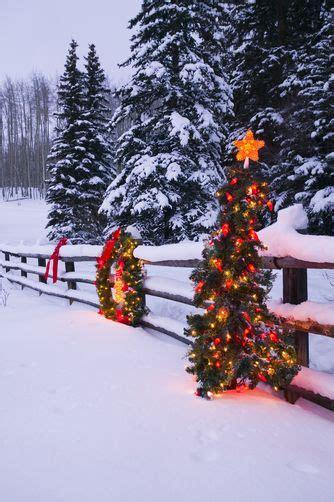 images of christmas garland on a fences 86 best split rail fences images on split rail fence cottages and country fences