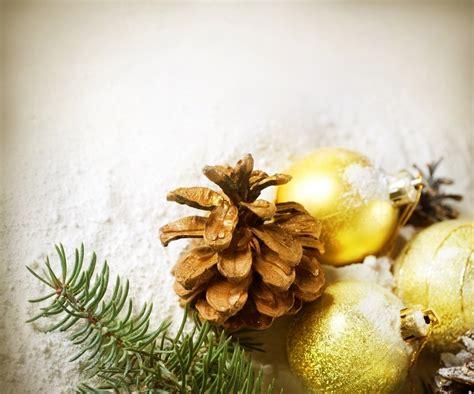 golden christmas decorations christmas photo 22230504