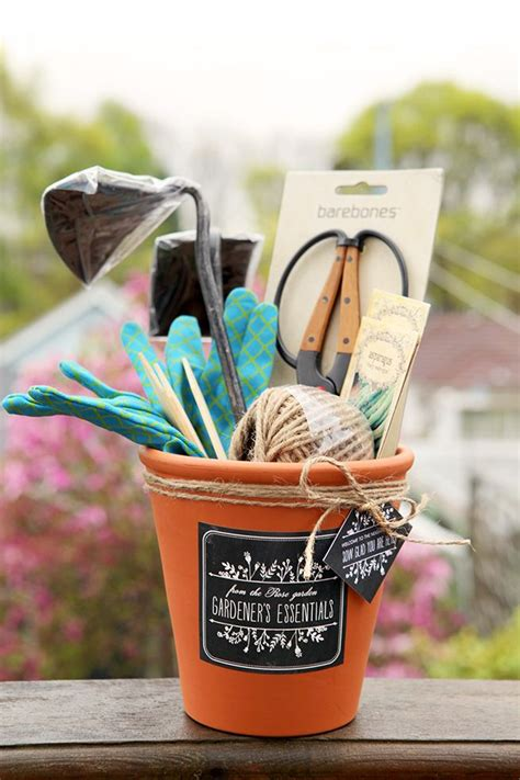Gift Basket Ideas For Gardeners Inexpensive Diy Gift Ideas