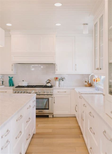 all white kitchen cabinets 17 best ideas about light hardwood floors on pinterest