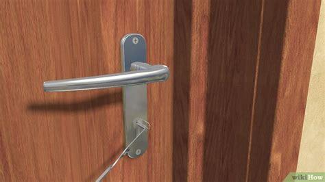 comment ouvrir une porte fermee  clef  etapes