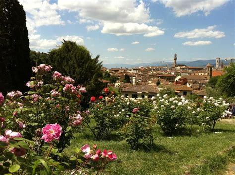 i giardini delle panorama dal giardino delle foto di folon e il