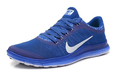 royal blue and white casual shoes mens for nike free 3 0