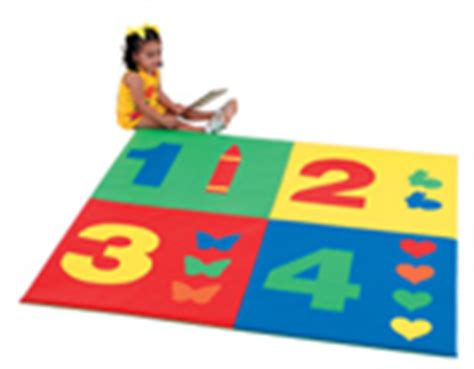 Vinyl Play Mat by Vinyl Floor Play And Activity Mats For Infants Toddlers