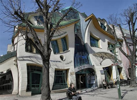 crooked houses crooked house sopot polond krzywy domek 187 gagdaily news