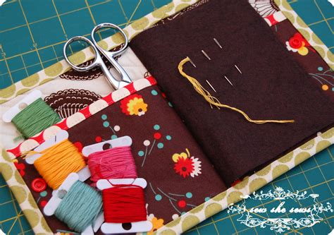 free pattern needle case quilted needle case tutorial sew she sews s