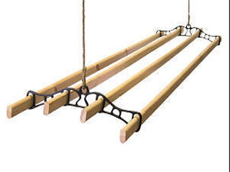 traditional ceiling mounted 4 lath pulley clothes
