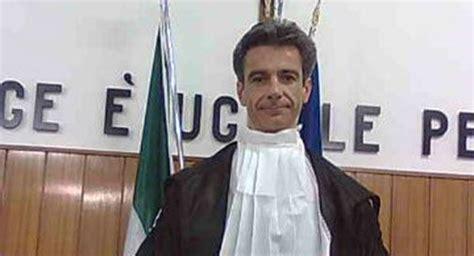giudice di pace pavia il giudice di pace bottoli trasferito a belluno oggi