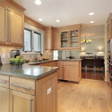 Maple Colored Kitchen Cabinets 25 Best Ideas About Maple Kitchen Cabinets On Craftsman Microwave Ovens Craftsman