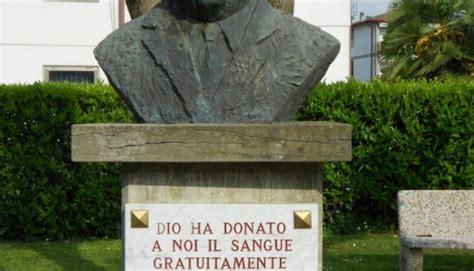 rovigo badia polesine badia polesine monumento al donatore
