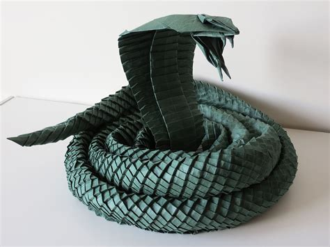 Origami Cobra - i asped when i saw these origami snakes