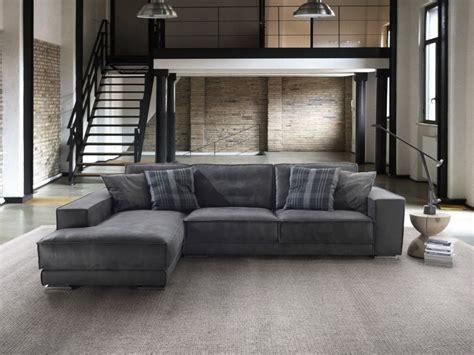 rivestimenti divani su misura divani artigianali anche su misura rivestimento personalizzato
