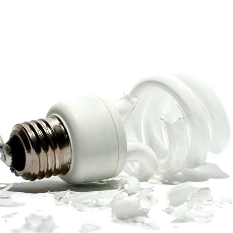 how to dispose of fluorescent light bulbs how to dispose of broken cfl light bulbs mouthtoears com