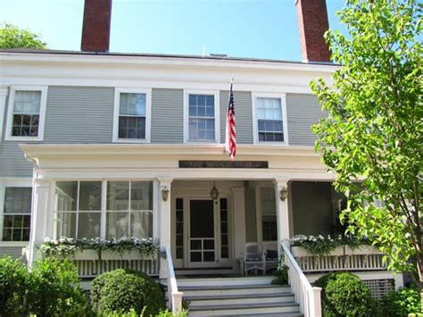roberts house inn exterior picture of the roberts collection manor house inn nantucket tripadvisor