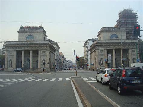 corso porta venezia palazzo rocca saporiti foto di corso venezia