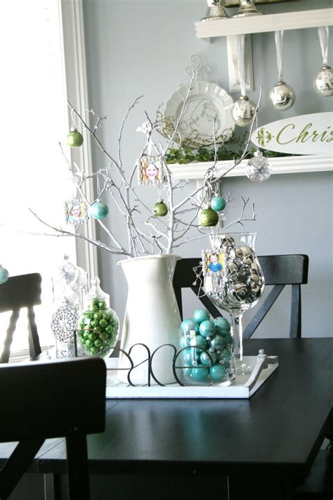 Tai Pan Home Decor blue green white and silver christmas decorating ideas