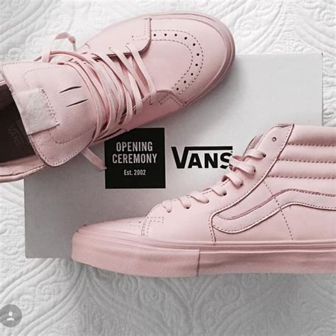light pink vans sk8 hi iso pink sk8 hi vans if anyone knows someone who is