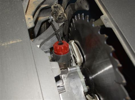 bosch table saw safety stop initial ruling finds bosch reaxx saw violates sawstop