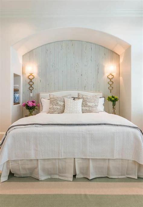 schlafzimmerwand beleuchtung ideen schlafzimmergestaltung 42 beispiele f 252 r eine passende