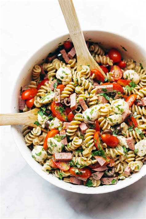 pasta salad italian dressing best easy italian pasta salad recipe pinch of yum