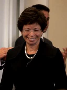 valerie jarrett is the other power in the west wing valerie jarrett the real power corruption behind the