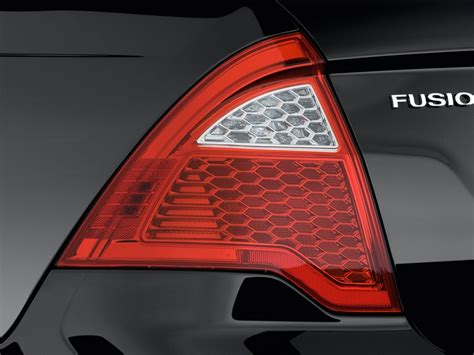 ford fusion tail lights 2010 ford fusion pictures photos gallery the car connection