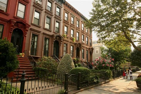 bed stuy brownstone how one bed stuy group is fighting gentrification