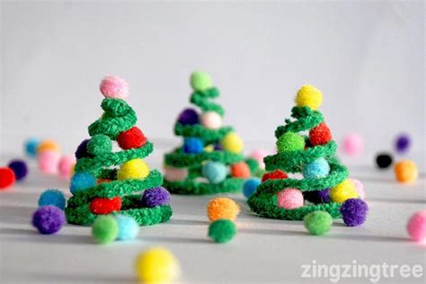 pipe cleaner christmas trees decoration