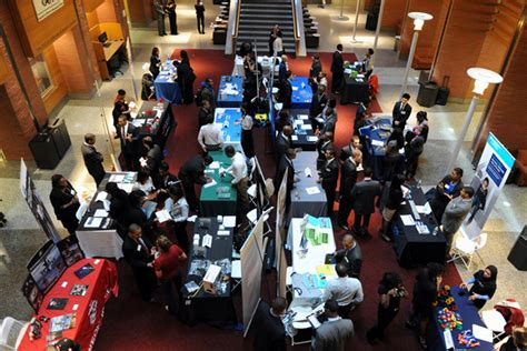 From Biglaw To Mba by Prepping For An Mba Career Fair Bloomberg