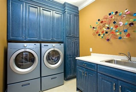 touch of blue laundry room