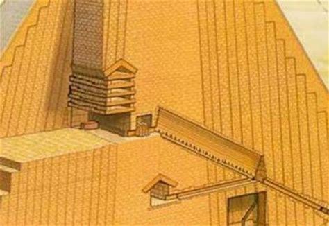 interno di una piramide lo zed il pilastro mondo antico