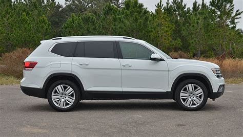 volkswagen atlas white 2018 volkswagen atlas v6 sel premium 4motion review test