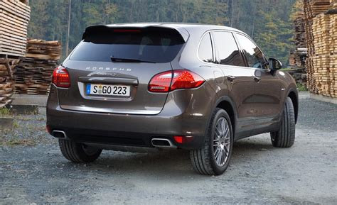 Porsche Cayenne 2013 Diesel by Car And Driver