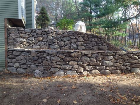 Tiered Retaining Wall   Lincoln, MA   Concord Stoneworks