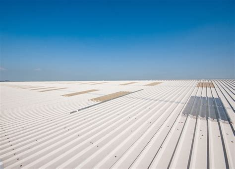 industrial commercial roofing gutter roof light repairs southton commercial roof light replacement repairs doncaster maintenance