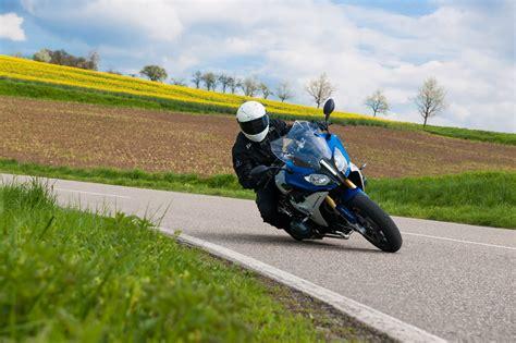 Motorrad Sport Touring Reifen by Metzeler Stellt Neuen Sport Touring Reifen Roadtec 01 Vor