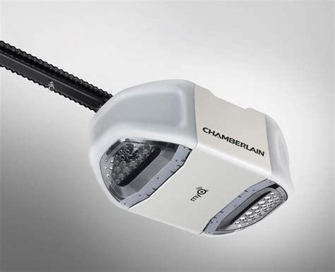 Chamberlain Garage Door Opener Not Closing Chamberlain Pd612ev 1 2 Hp Garage Door Opener Strong Chain Drive
