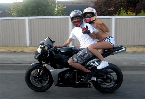 sportbike riding shoes how not to be a squid on your motorcycle the bikebandit blog