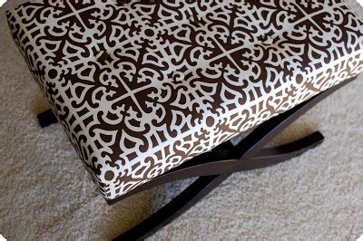 recover ottoman no sew remodelaholic no sew way to recover an ottoman