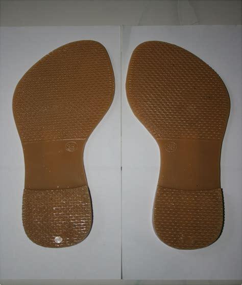 Sepatu Bahan Dove produksi bahan baku sandal sepatu iklan gratis